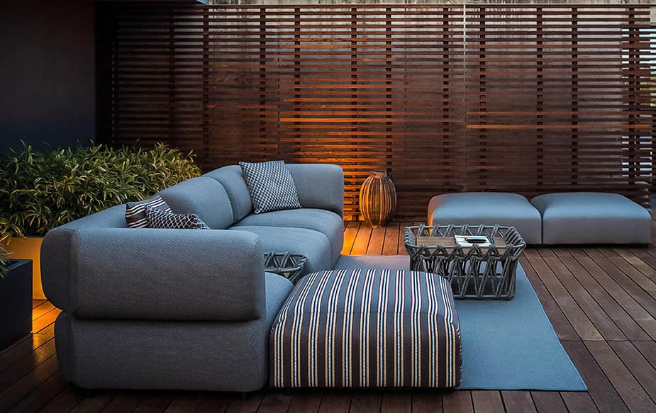Butterfly Outdoor Sofa, B&B Italia